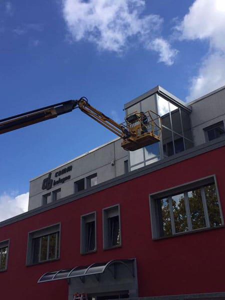 Pulizia-vetrate-uffici-bologna